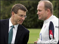 RFU director of elite rugby Rob Andrew chats to England coach Andy Robinson
