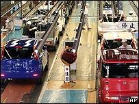 Assembly line at Nissan's Yokosuka plant