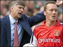Arsene Wenger and Lee Dixon