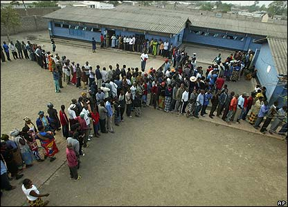Voters in Lusaka
