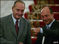 French President Jacques Chirac and Romanian President Traian Basescu in Bucharest