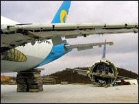 Avión en proceso de desmantelamiento