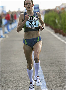 Britain's Jo Pavey approachse the end of the race
