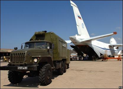 В Ливан доставлены российские специалисты и оборудование для восстановления разрушенного хозяйства страны