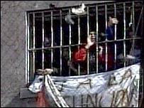 Protesting Argentine prisoners