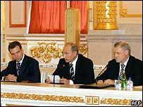 Медведев, Путин и Миронов
