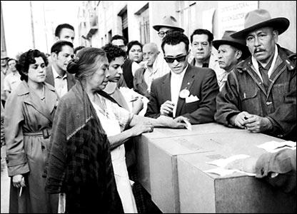 El voto femenino, 6 de julio de 1958. Archivo histórico El Universal.