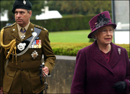 Prince Andrew and the Queen (pic courtesy Will Craig/Army press office)