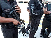 Police officers in Tijuana - 28/9/2006