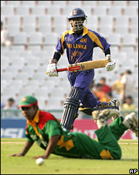 Sri Lanka vs Bangladesh  match in the Champions Trophy