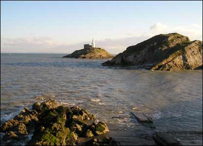 Photo of Mumbles Head, taken by Bill Lewis of Swansea - submitted on his behalf of his daughter.