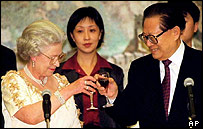 The queen and and former Chinese president Jiang Zemin
