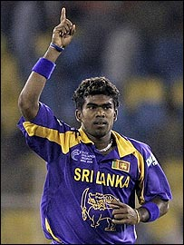 Lasith Malinga celebrates the dismissal of Justice Chibhabha