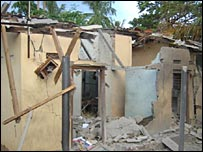 Destroyed houses in Sampur