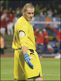 England keeper Paul Robinson