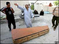 جثث القتلى الذين سقطوا في قناة الشعبية
