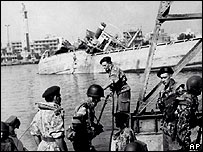 Soldiers at Suez during the crisis in 1956