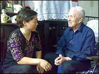 Wei Qing (left) and Ge Qigong