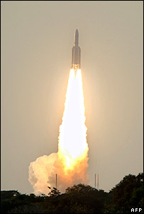 Ariane rocket lifts off