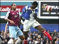 Kanu scores Portsmouth's opening goal