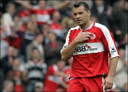 Mark Viduka celebrates doubling Middlesbrough's lead
