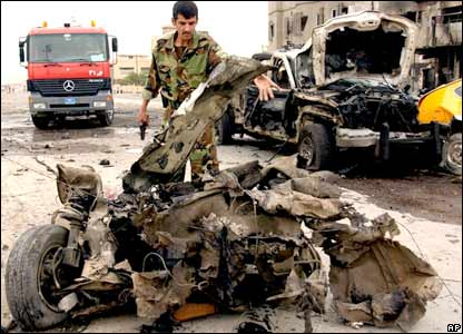 Wreckage of bombing in Kirkuk, 15 October 2006