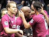 El-Hadji Diouf (centre) celebrates with his team-mates