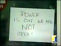Note on a Hawaian business saying it is closed due to power failure