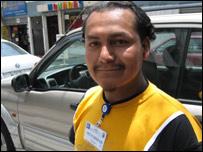 Vicente Montoya, agente de seguridad.