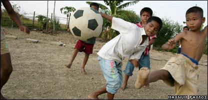 Children playing in Cambodia