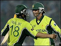 Shoaib Malik and Abdul Razzaq produced a match-winning stand