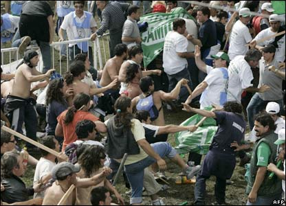 Violence at San Vicente outside Buenos Aires
