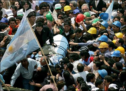 People attend Peron reburial procession in Buenos Aires