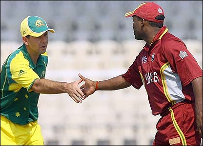 Australia's captain Ricky Ponting shakes hands with West Indies counterpart Brian Lara