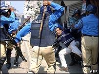 Political confrontation in Bangladesh