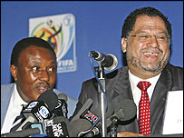 Irvin Khoza, LOC chairman (left) and LOC chief executive Danny Jordaan (right)