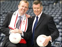 Clydesdale Bank's Steve Reid (left) and SPL chairman Lex Gold