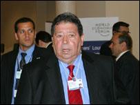 وزير البنى التحتية الإسرائيلي بنيامين بن إليعازر