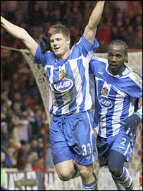 Neil Mellor scored on his debut for Wigan