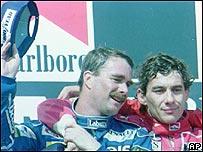 Nigel Mansell (izq.) y Ayrton Senna.