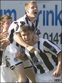 John Sutton (right) opened the scoring for St Mirren