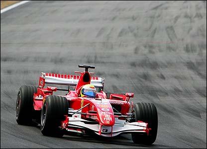 Massa leads the race