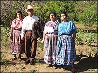 Familia maya de Totonicapán, Guatemala