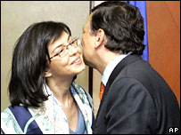 EU Commission chief Jose Manuel Barroso and Bulgaria's commissioner designate Meglena Kuneva