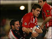 Gavin Evans in action for the Scarlets against Ulster