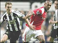 Scott Parker (left) tussles with Marcus Bent