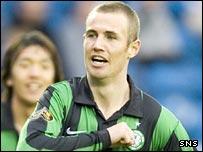 Celtic goalscorers Shunsuke Nakamura and Kenny Miller celebrate