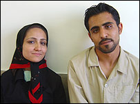 Shiva (l) with her kidney donor Mehrdad