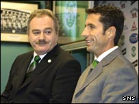 Hibs chairman Rod Petrie and new manager John Collins