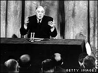Charles de Gaulle announces his veto on UK entry in 1963